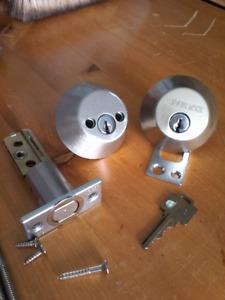 Serrure Weiser lock