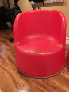 plastic red chairs