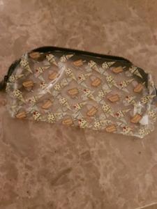 11 makeup bags