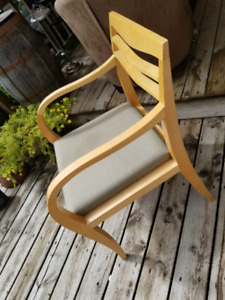 3 SOLID MAPLE HIGH END CHAIRS WITH CUSHIONS, MADE BY HAWORTH/KP