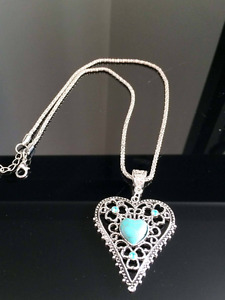 Vintage fashion hollow heart turquoise necklace