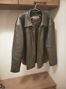 Mens Black leather jacket Kitchener / Waterloo Kitchener Area image 1