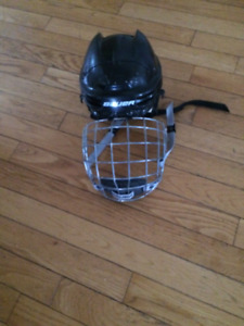 Junior Bauer Hockey Helmet