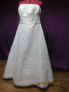 Wedding Dresses ( Larger sizes)