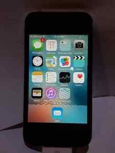 iPhone 4S Unlocked 8 GB
