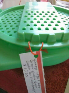 Vintage 1970's Retro Green Plastic Slicer Grater for cheese/vege