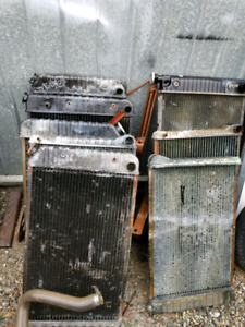 AUTOMOTIVE RADIATORS USED