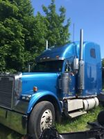 2000 Freight Liner Classic