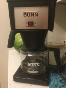 Bunn Coffee Maker in excellent condition