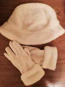 Combo Fancy White Faux Fur Hat & Gloves - Super soft and warm!! West Island Greater Montréal image 1