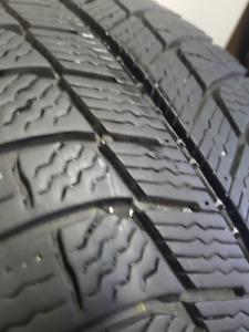 4 Michelin x-ice xi3 205 / 55r16 pour l'hiver