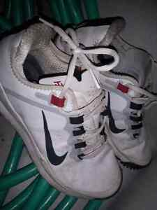 Nike tiger Woods size 9 men golf shoes Peterborough Peterborough Area image 1