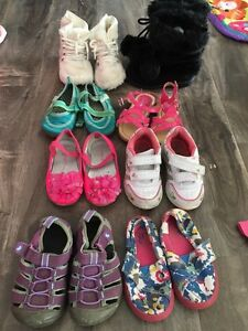 Size 6 girls sneakers