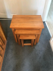Solid oak 3 nest of tables