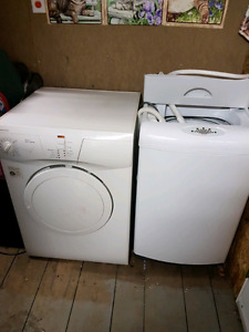 Apartment size washer and dryer.. like new