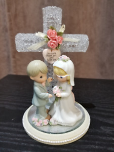 Precious Moments 1999 Forever True Wedding Couple w/Cross