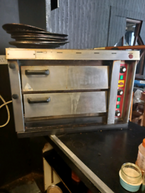 Single phase pizza oven