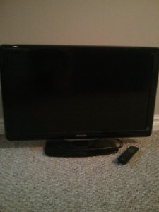 Philips 32 inch 1080p LCD TV - mint - can deliver free