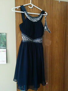 Gorgeous blue knee length dress (small)