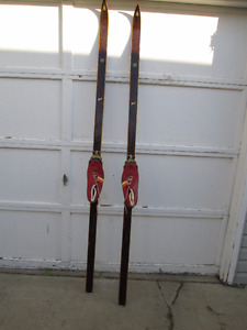 Vintage Skis poles and shoes