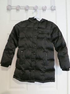 d44b63337a3f Old Navy Down-Filled Winter Coat – Girls Small- Size 6 7