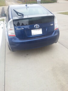 2010 Toyota Prius - Well maintained - New winter tires
