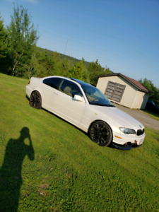 2005 bmw 330ci 6 speed