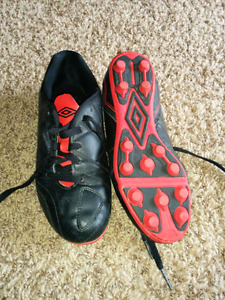 Boys size 4 soccer cleats
