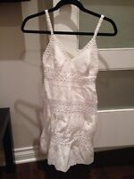 Bcbg white lace dress size 0