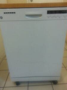 BRAND NEW PORTABLE DISHWASHER.FOR SALE.