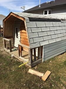 Insulated playhouse / garden shed