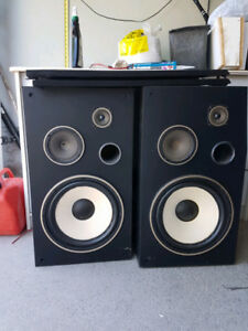 PIONEER TOWER SPEAKERS STEREO SYSTEM PAIR