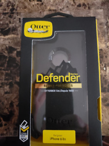 Iphone 6/6s Otterbox Defender with holster Brand New in box