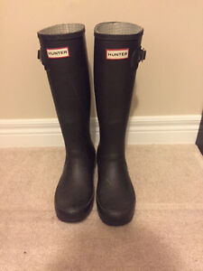 Tall Hunter boots with free winter socks Kitchener / Waterloo Kitchener Area image 2