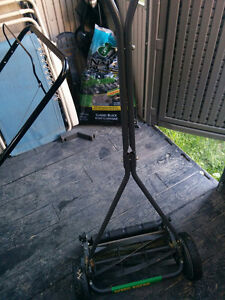 Weed Man Reel Mower Kitchener / Waterloo Kitchener Area image 2