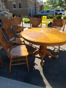 Solid Wood Table chair set $50.00