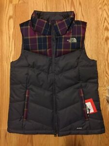 North Face down vest brand new with tags size XS (fits like S)