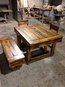 RECLAIMED WOOD TABLES, BENCHES AND CHAIRS
