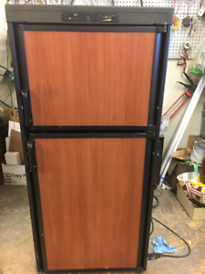 Like NEW Propane Fridge Out of RV With 2 Year Warranty