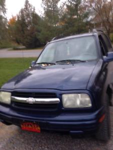Chevrolet tracker 2004.  4x4