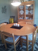 Dining Room table, 4 Chairs, Buffet & Hutch - $750 or best offer