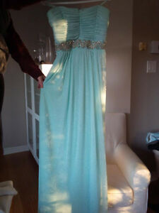 Women's Le Chateau evening gown- prom dress, size 13