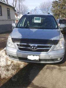 2008 Hyundai Entourage GLS Limited