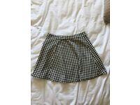 Dogtooth skirt for sale ✨