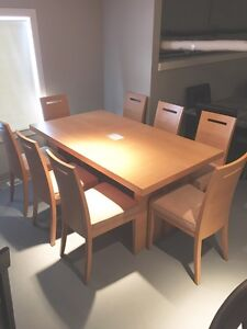 9Pce Beachwood Dining Room table 8chairs $600!