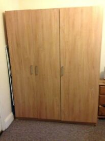 3 door wardrobe with 1 rail and 3 adjustable shelves