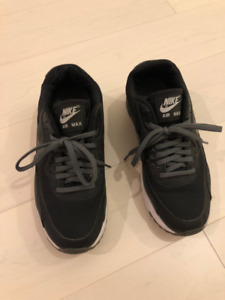 Nike Air Max Sneakers - Women's Size 6