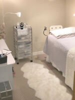 Eyelash Extension Artist- Bed available in home studio