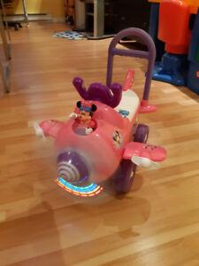 Wow Voiturette pour enfant Mini mouse de Disney Valeur de +60$