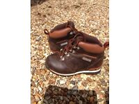 Timberland leather boots - child's size 9